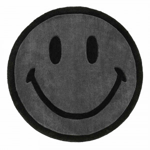 Chinatown Market Smiley Monochrome Rug 6 FT ( CTM260174 / 0001 / Black )
