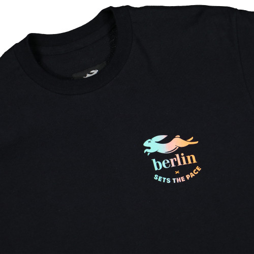 Pacemaker x Berlin Sets The Pace Tee ( PMB4 / Black / Gradiant )