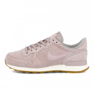 Nike Wmns Internationalist SE ( 872922 602 )