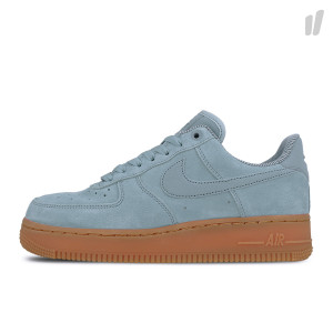 Nike Wmns Air Force 1 '07 SE ( AA0287 001 )