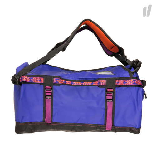 The North Face Base Camp Duffel S ( T93ETO6SK )